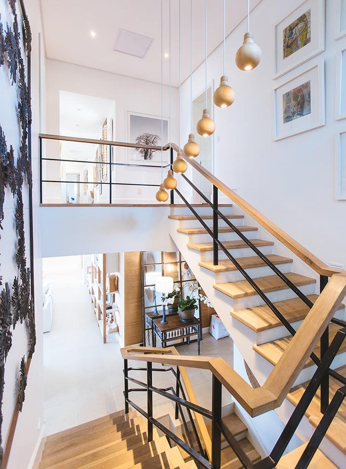 Aménagenement intérieur sur mesure de votre maison avec Elégance au m2