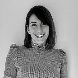 Sophie, designer immobilier Elégance au m2 à Versailles
