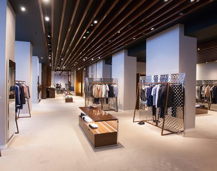 Aménagement de votre boutique de vêtements par Elégance au m2