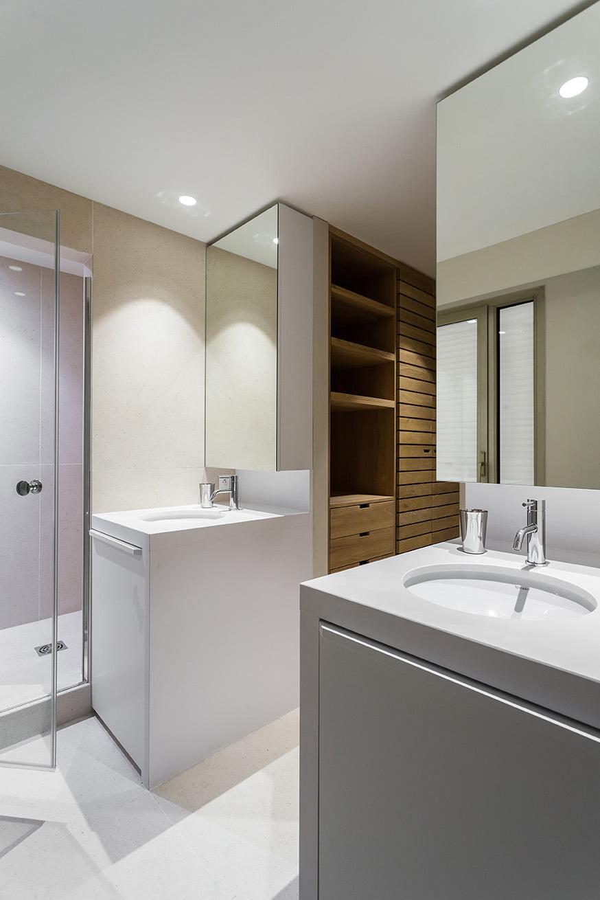 Conception d'une salle de bain pour un appartement à Cannes par Elégance au m2
