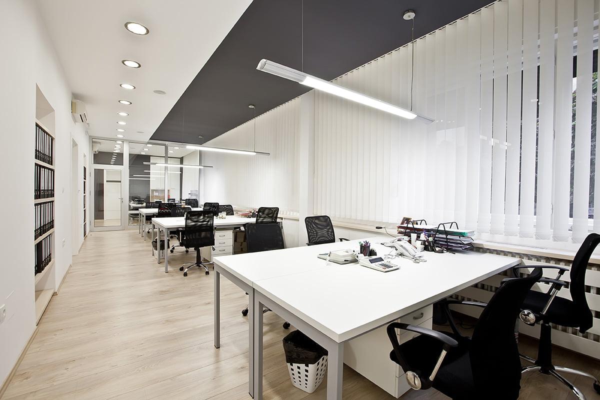 Aménagement de bureaux professionnels à Rennes par Elégance au m2